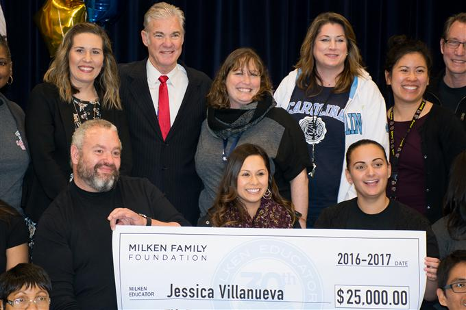 Suisun Elementary Staff pose with Jessica Villanueva and State Superintendent